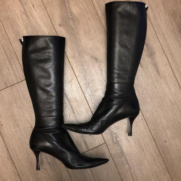 b479e1db32 Gucci Shoes   Black Leather Knee Hi Kitten Heel Boots   Poshmark